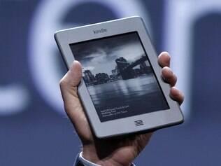 Kindle Touch, primeira versão do e-reader mais popular do mundo com tela sensível ao toque