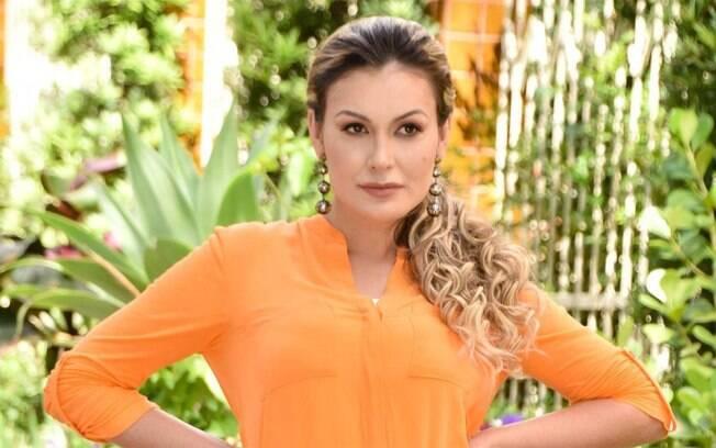 Andressa Urach procura apartamento no Rio de Janeiro