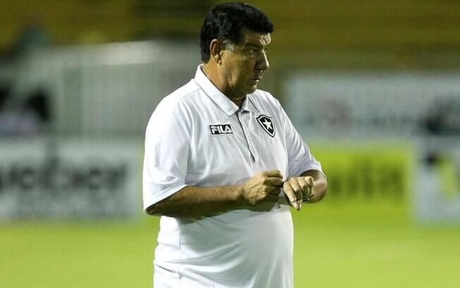 No primeiro semestre de 2011, Joel Santana  trabalhou no Botafogo