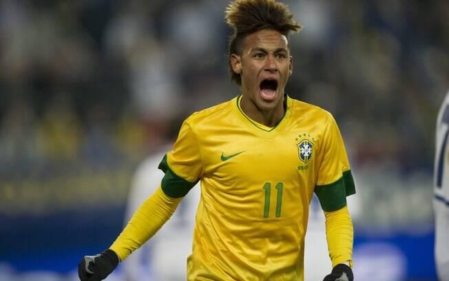 Neymar estava com essa cabeleira na vitória  da seleção brasileira sobre a Bósnia em 2012