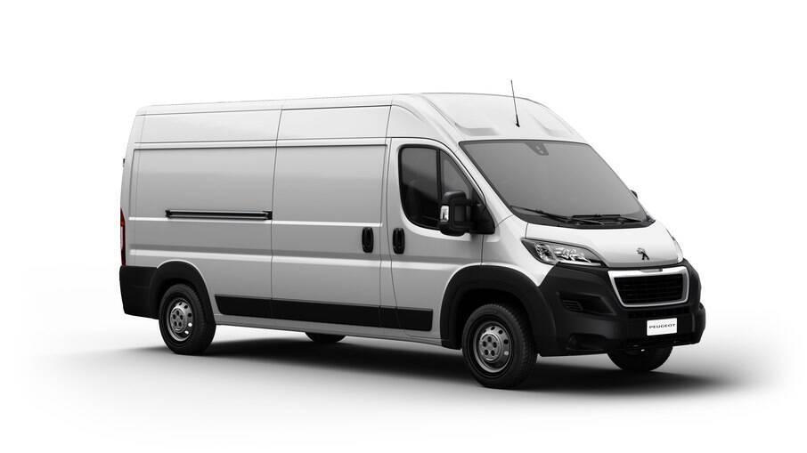 Peugeot Boxer Cargo, agora homologado como automóvel, pode ser conduzido com CNH de categoria B