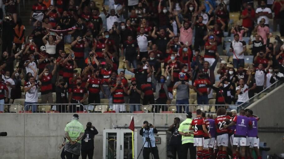 Torcida presente em Flamengo x Barcelona de Guayaquil