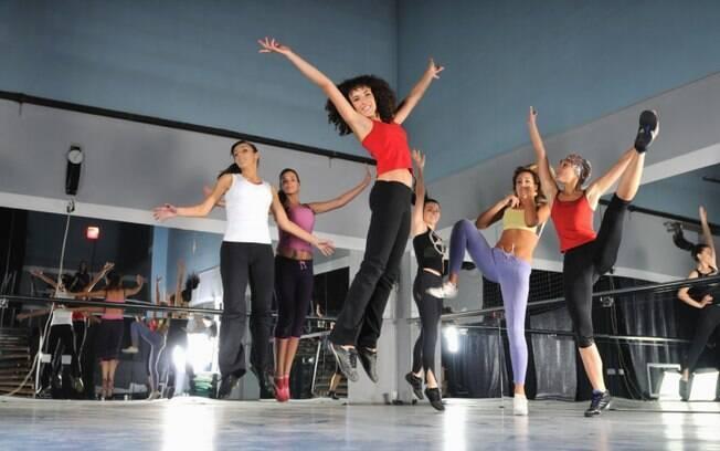 Aulas de dança conquistam cada vez mais adeptos nas academias