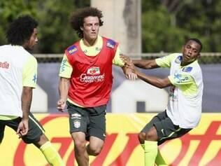Marcelo e Robinho voltaram a figurar na lista de convocados de Dunga