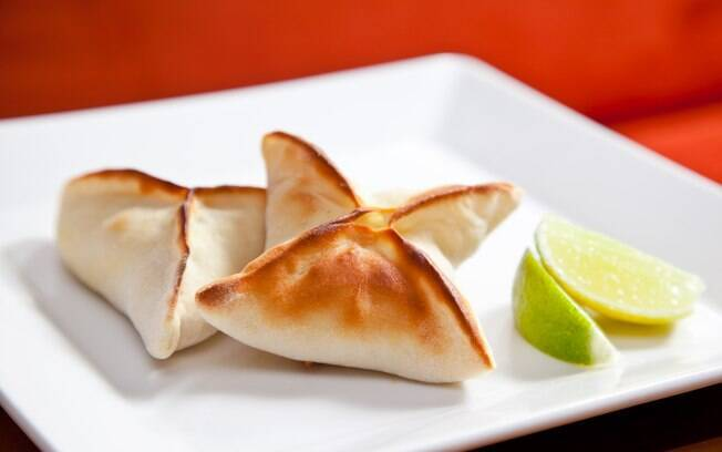 Foto da receita Esfiha de ricota do restaurante Arábia pronta.