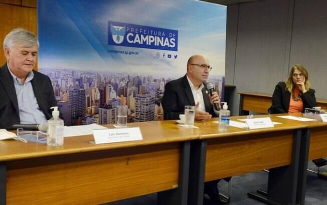 AO VIVO - Dário fala agora sobre novas medidas de combate à covid em Campinas