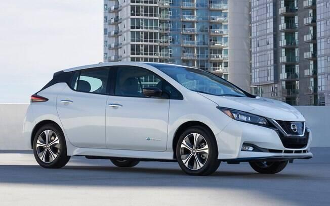 O Nissan Leaf e-Plus Long-Range (longo alcance) é maior que o modelo atual (um dos carros elétricos mais vendidos)  e terá autonomia de 226 km