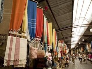 Mercado Antônio Franco traz o melhor do artesanato local