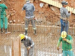 Construção civil foi o setor com o pior saldo de criação de empregos no acumulado do ano