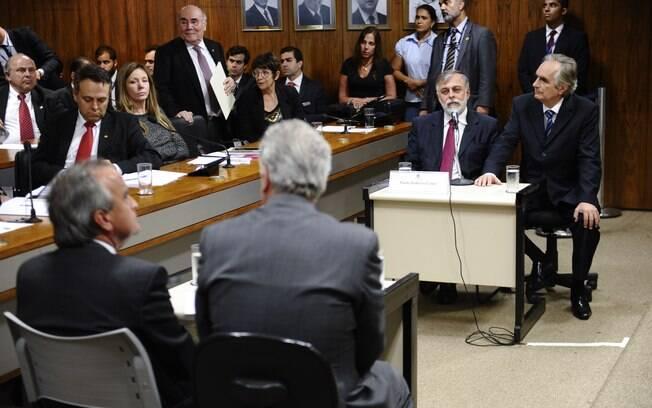 Costa e Cerveró entram em contradição na CPMI sobre corrupção na Petrobras. Foto: Fotos Públicas