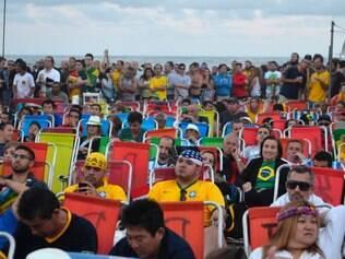 Público foi à praia de Copacabana ver ao jogo, e derrota animou argentinos