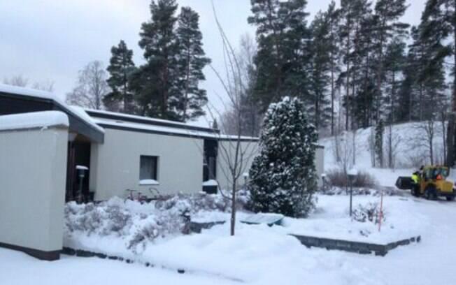 O centro de recepção de Raasepoori em que alunos têm aula fica em uma floresta na Finlândia