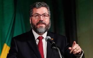 Ruralistas criticam declarações de Ernesto Araújo sobre comércio com a China