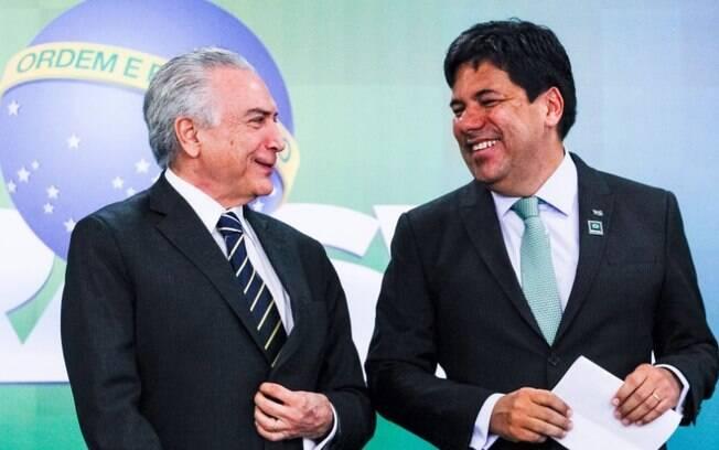 Michel Temer e Mendonça Filho participam de cerimônia no Planalto para anunciar repasses