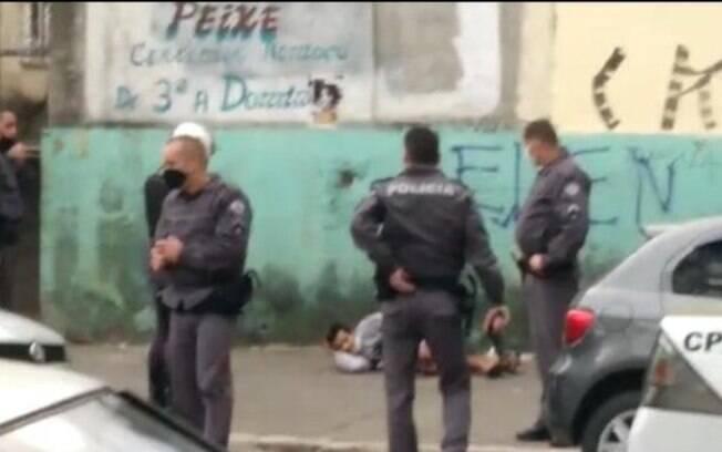 Homem decapitou outro homem e fugiu com a cabeça