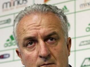 Dorival pediu apoio da torcida para tirar o time da incômoda situação que se encontra