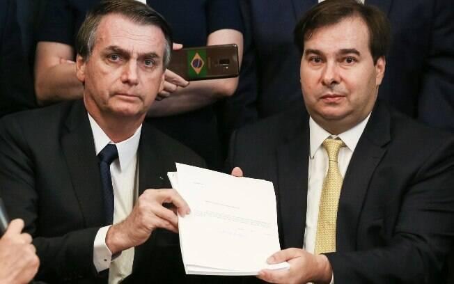 O Ibovespa, principal indicador de desempenho da Bolsa brasileira, fechou o pregão em queda de 1,25%, a 94.754 pontos
