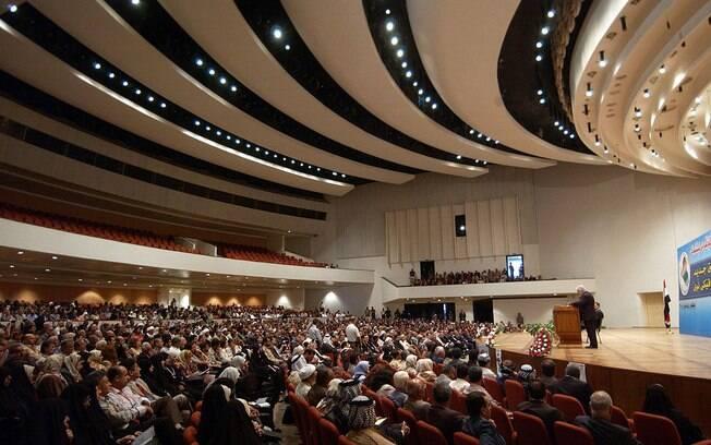 Parlamento iraquiano realiza sessão extraordinária para votar expulsão de tropas americanas do país
