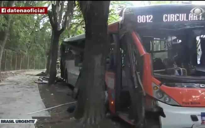 acidente ônibus usp