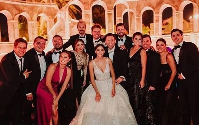 Depois do casamento do ator Armando Torrea, 100 pessoas pegaram Covid-19