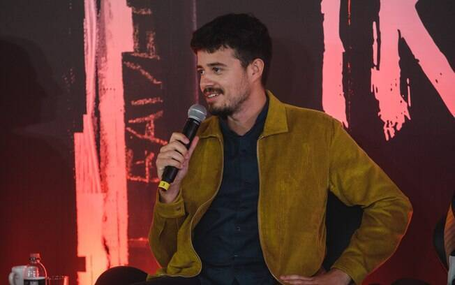 Diretor da série, Pedro Morelli
