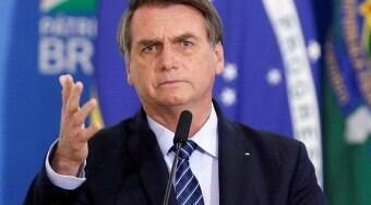 Bolsonaro promete ajuda para o Líbano após explosão