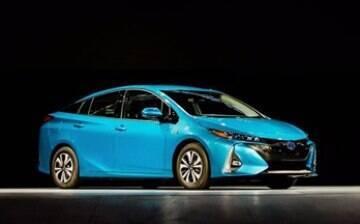 Toyota mostra Prius Prime, que faz 71,4 km/l. Saiba mais detalhes