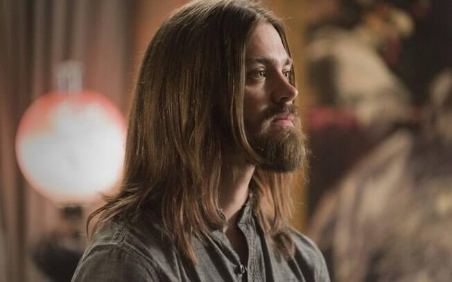 Em episódio de The Walking Dead, Jesus (Tom Payne) afirmou que sempre achou difícil se aproximar de namorados