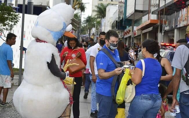Campinas registrou aglomerações no Centro da cidade após reabertura