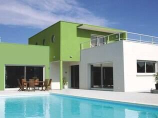A pintura da fachada pode custar até R$ 145 o m² (sem aplicação de massa corrida)