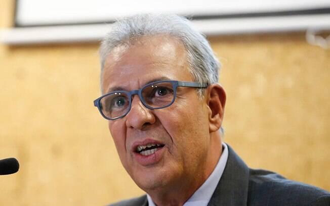 Almirante Bento Albuquerque, ministro de Minas e Energia
