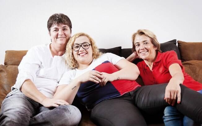 Também lésbica, Bruna não encontrou problemas quando assumiu sua homossexualidade para Cida e Rose