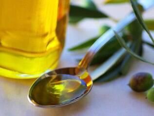 Óleo de oliva: pesquisa não encontrou relação entre consumo de fritura usando ele e doenças cardíacas