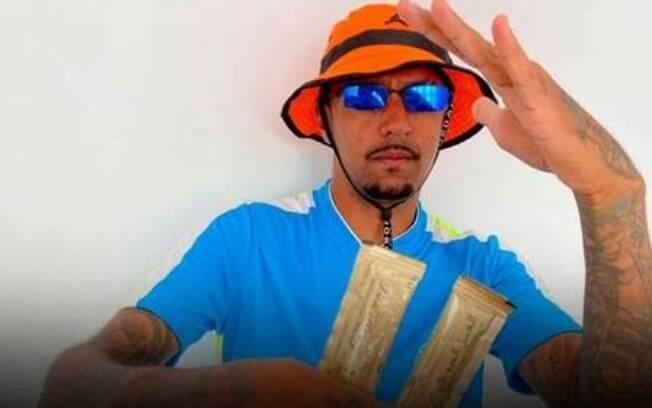 MC Di Magrinho fez música sobre o Melzinho do amor