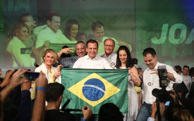 Doria e Alckmin em convenção em São Paulo
