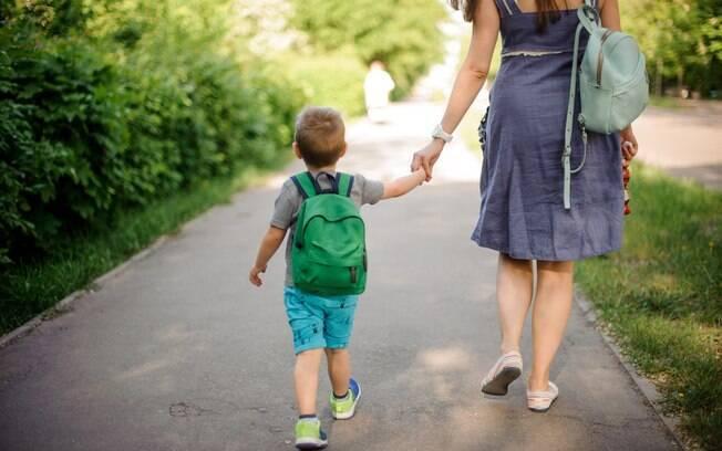 Os pais devem estar presentes e atentos para compreender o que está acontecendo e buscar uma solução