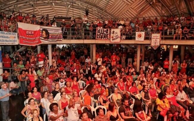 PT celebra 40 anos e descarta alianças com PSDB, DEM e