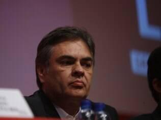 Cássio Cunha Lima, ex-governador da Paraíba, cobra participação de Aécio Neves nas discussões sobre a saída de Dilma Rousseff
