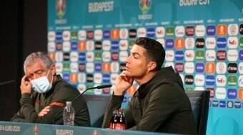 Uefa pede que atletas não repitam gesto de CR7 na Eurocopa