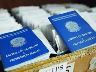 Mudança.   Procedimento de emissão de carteiras de trabalho será informatizado a partir do ano que vem