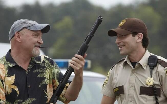 Frank Darabont está levando a melhor no processo contra o canal que produz The Walking Dead e Jon Bernthal está de volta para acalmar a fúria dos fãs