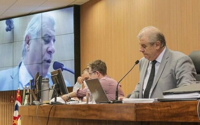 Cmara protocola projeto que reduz 66 cargos de gabinetes