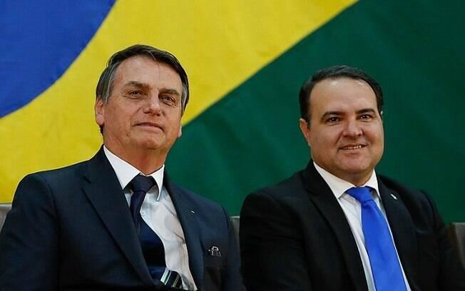 Presidente Bolsonaro com o ministro Jorge de Oliveira