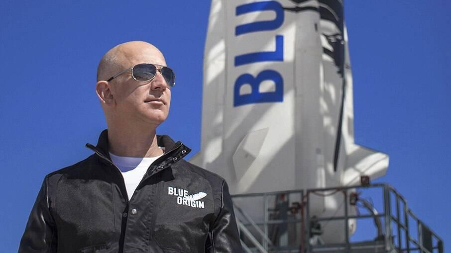 Bezos segue na liderança e com foco no seu projeto espacial, a Blue Origin