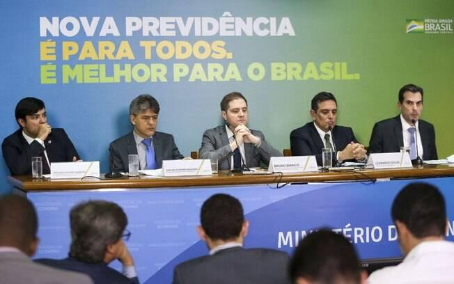 Reforma da Previdência prevê 40 anos de contribuição para poder se aposentador com salário integral