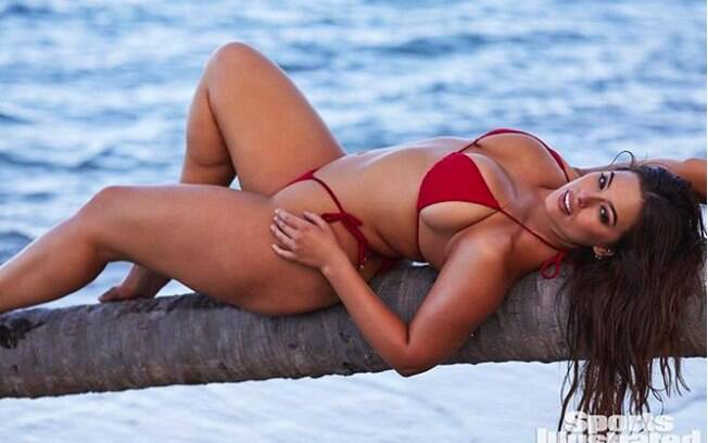 Ashley Graham é uma das modelos plus size mais bem pagas do mundo!