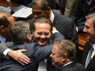 Renan adia para terça-feira definição da Mesa Diretora e comissões do Senado