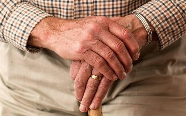 População idosa tem maior risco de morte pela Covid-19
