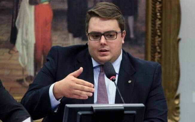 Felipe Francischini (PSL), presidente da CCJ, chegou a ser criticado por não ter evitado tumultos nas sessões anteriores
