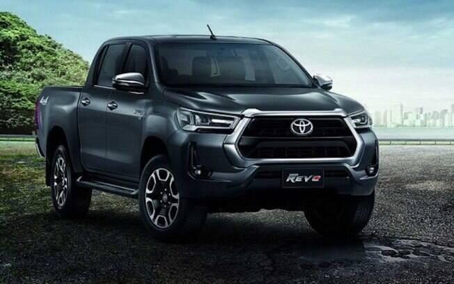 Nova Toyota Hilux também receberá visual renovado e nova central multimídia, mais eficiente que a atual